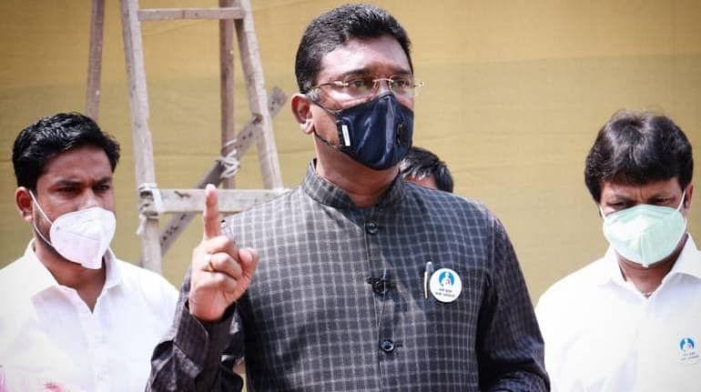 ED issues fresh summons to Sena leader Pratap Sarnaik
