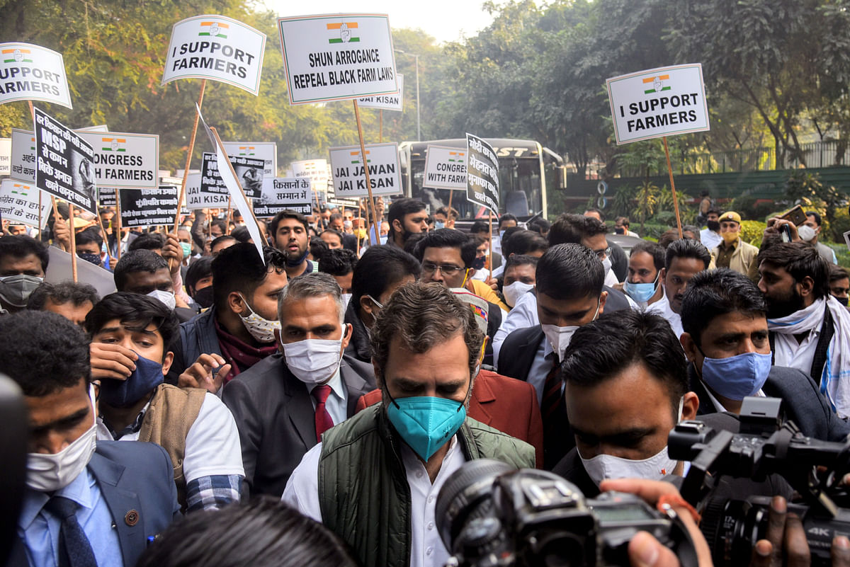 In Pictures: Protest against farm laws reaches Rashtrapati Bhavan; Congress leaders detained by Delhi Police