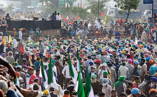 No Christmas gift for agitating farmers in Delhi as their face-off with Centre continues, writes Olav Albuquerque