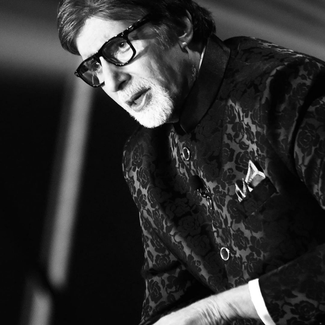 Amitabh Bachchan remembers mother Teji Bachchan on her death anniversary