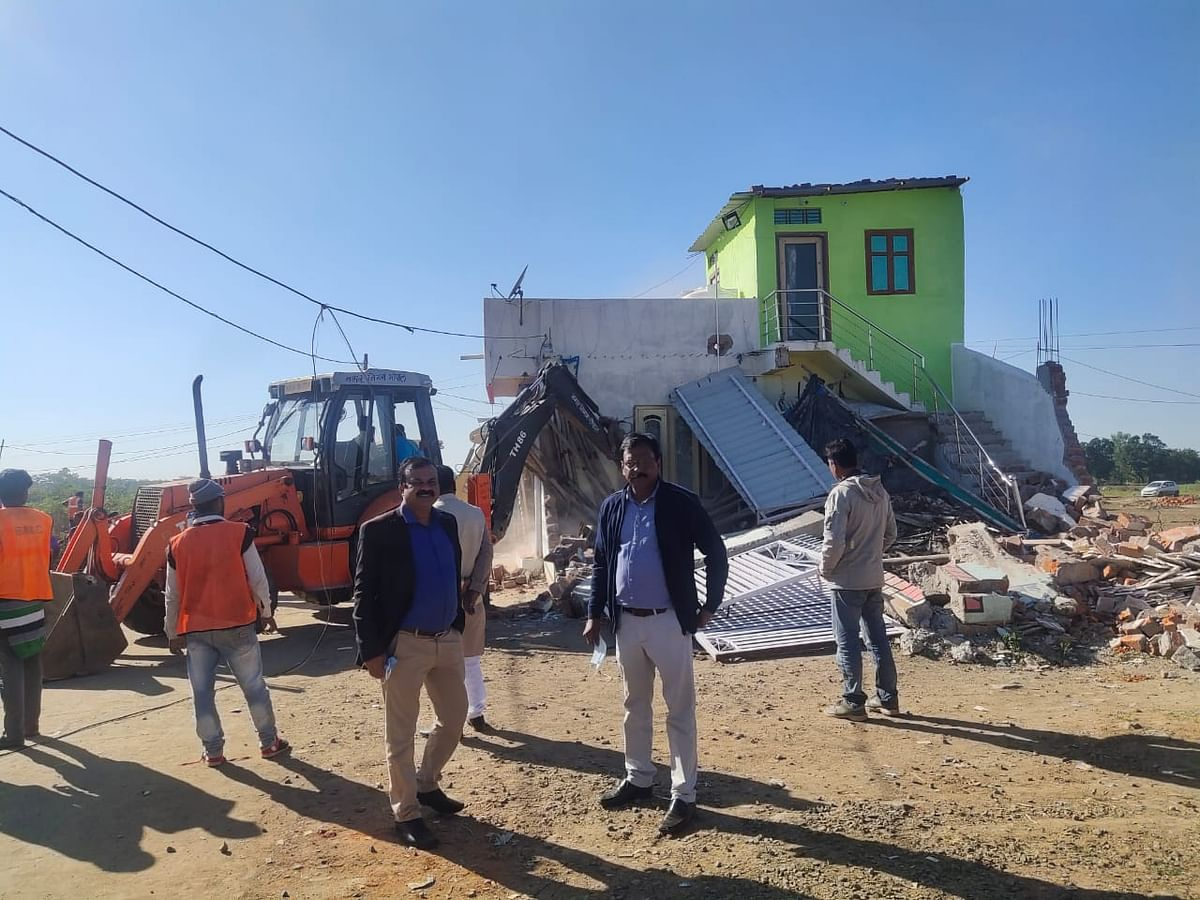 Bhopal: 100 illegal buildings demolished, govt land worth Rs25 cr freed
