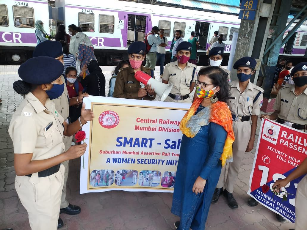 Smart Sahelee: Central Railway carries awareness campaign for women safety at Kalyan station
