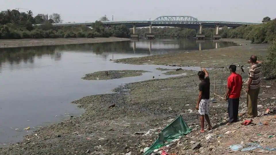 Body of unknown woman recovered from Thane's Kalwa creek