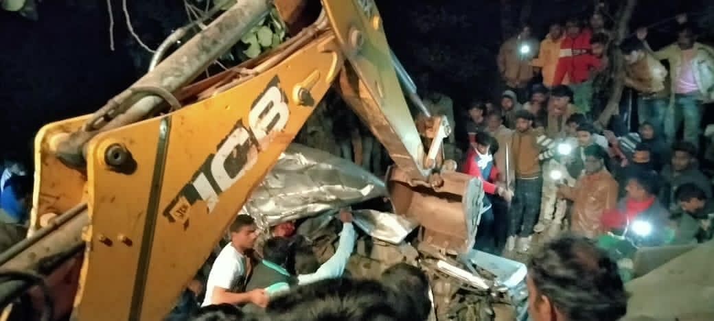 Madhya Pradesh: Five killed in a truck-force motor collision, more deaths reported