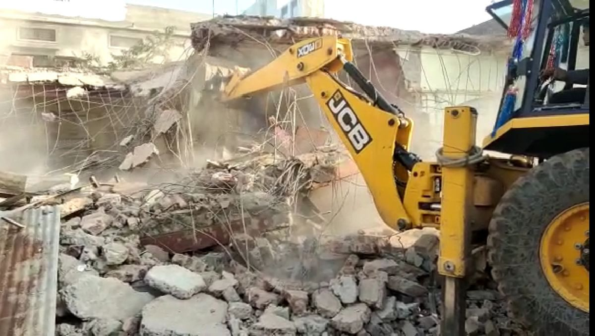 Pune civic body's anti-encroachment drive receives stiff resistance from locals