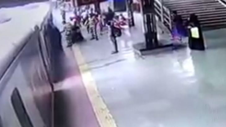 Watch: RPF cops save woman commuter from falling on tracks at Mumbra station; reunite 6-yr-old daughter with mother