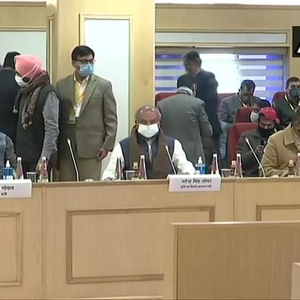 Farmers' Protest: Sixth round of talks between Centre and farmer unions underway in Delhi