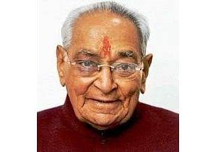Veteran Congress leader Motilal Vora