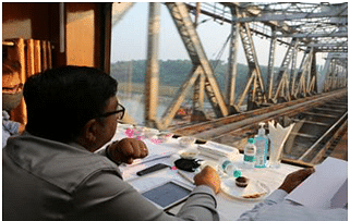 Alok Kansal General Manager of Western Railway conducts inspection of Mumbai-Valsad section to review various ongoing works