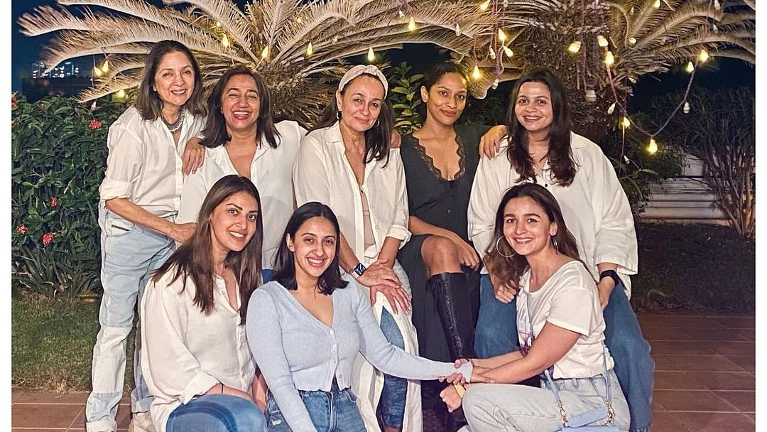 Masaba Gupta forgets the dress-code in Alia Bhatt's 'special' girl gang pic featuring Akanksha Ranjan, Shaheen Bhatt and others