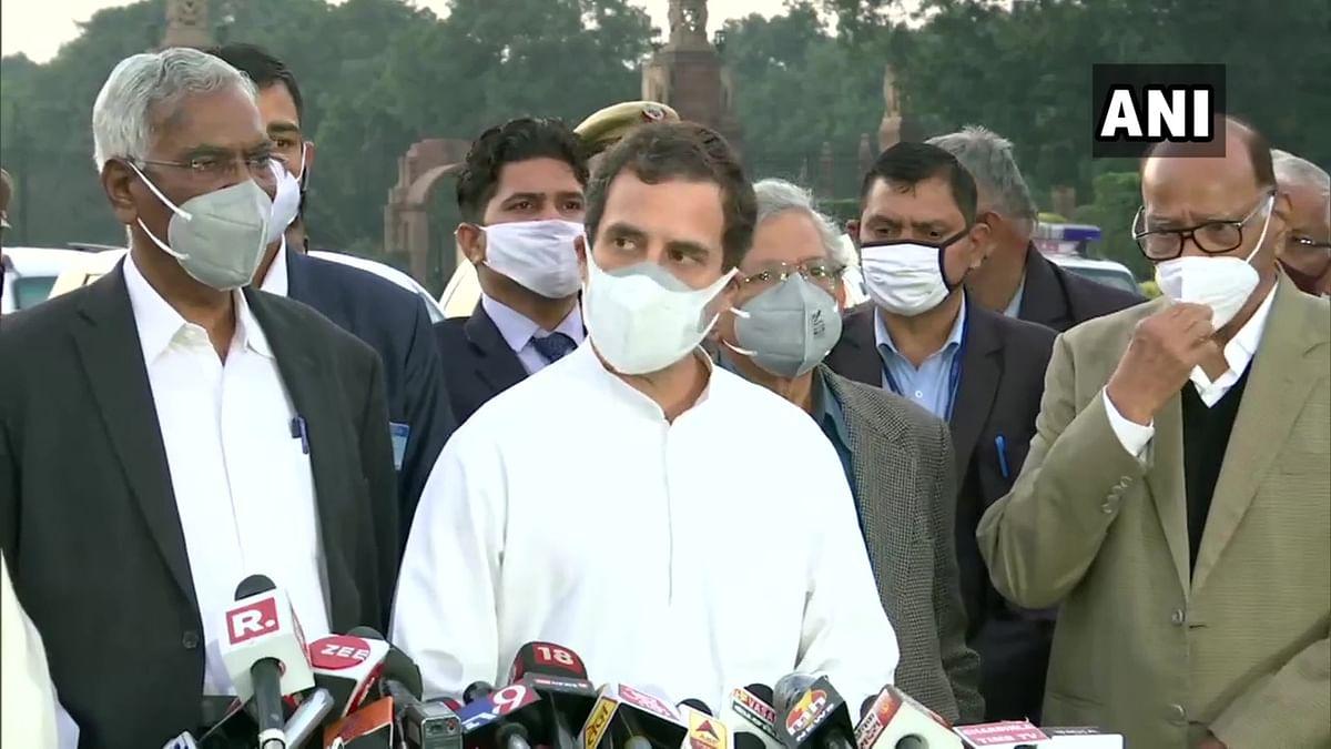 Farmers' Protest: Sharad Pawar, Rahul Gandhi meet President Kovind; ask to repeal laws passed in 'anti-democratic manner'