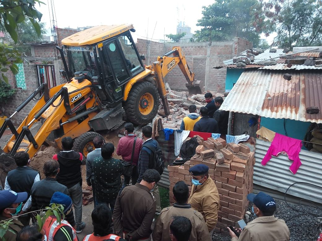 Indore: ​Illegal structures demolished at two places by IMC under its drive against criminals