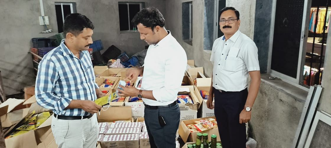 Expired food products worth Rs 2.75 lakh seized from Andheri grocery store