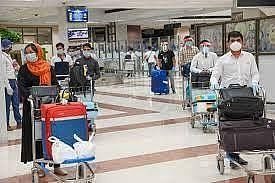 Madhya Pradesh: Another UK returnee tests corona positive in Indore, kept in home isolation
