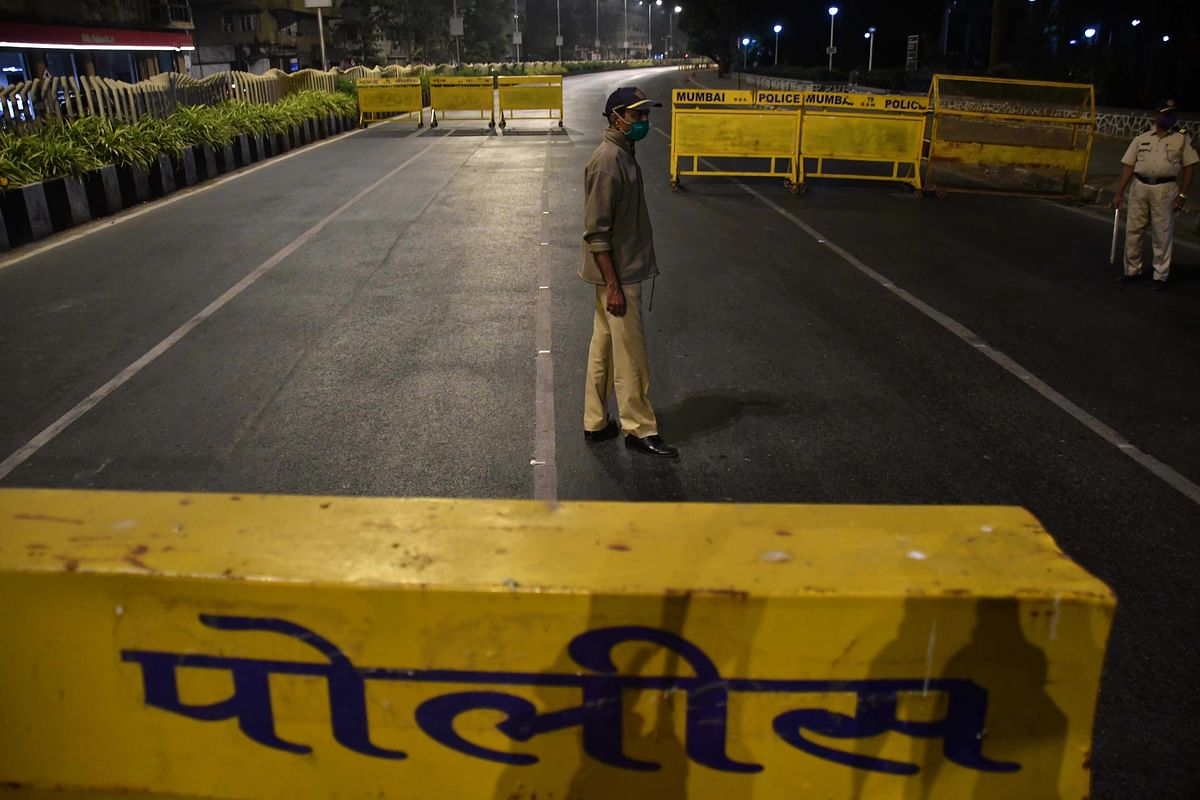 Night curfew: Over 2K traffic violations reported on Day 1 in Mumbai