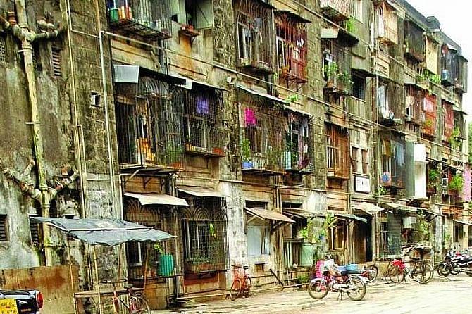 Distressed Patra Chawl tenants plan hunger strike