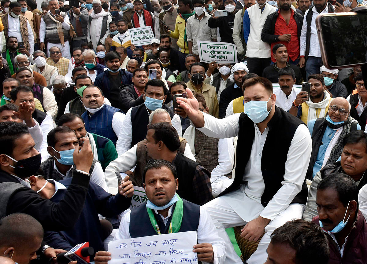 Case registered against Tejashwi Yadav, 18 others for holding protests without permission in Patna