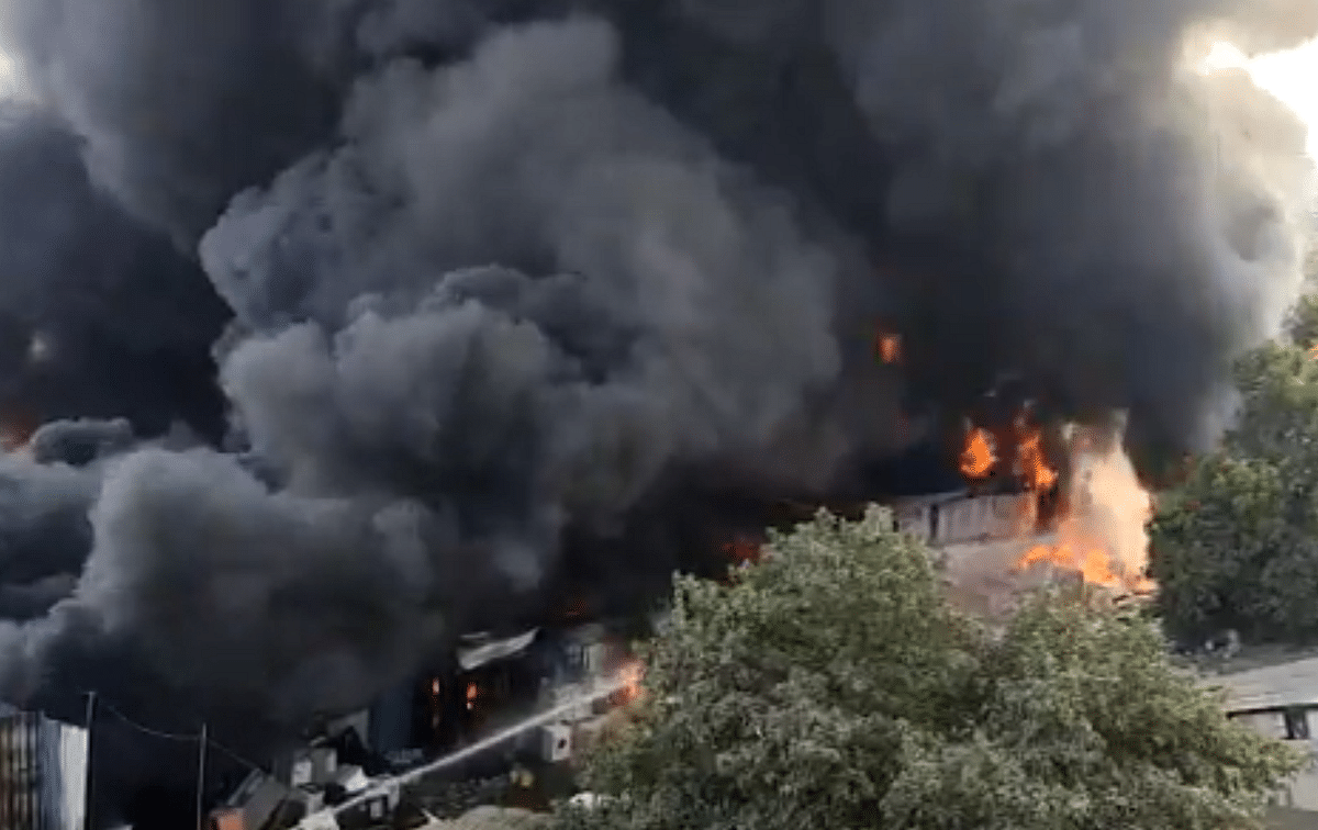 Watch Video: Major fire breaks out in Dombivli's Sonarpada; no casualty reported