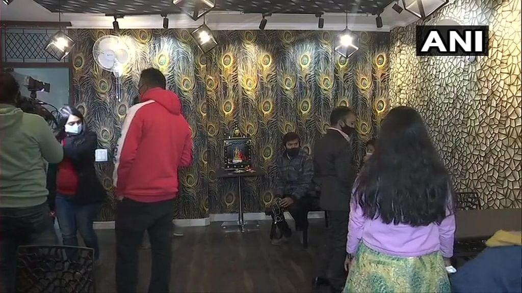 'Baba Ka Dhaba' owner Kanta Prasad starts a new restaurant in Delhi's Malviya Nagar; see pics