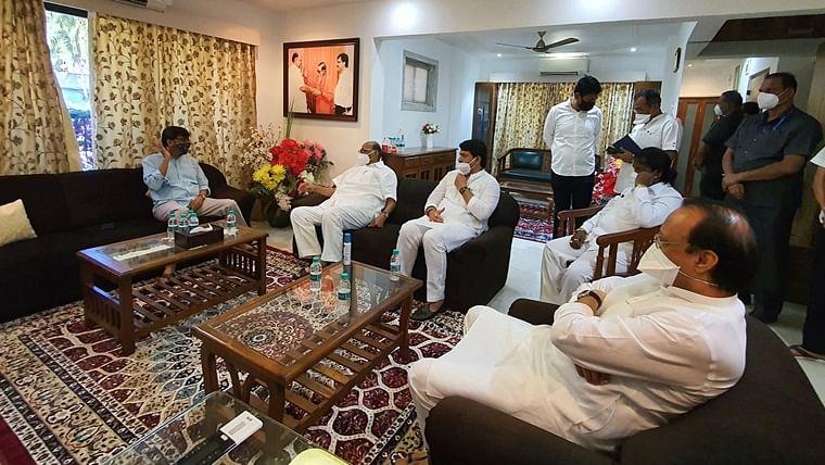 NCP chief Sharad Pawar, Maharashtra deputy CM meet Sanjay Raut to enquire about his health