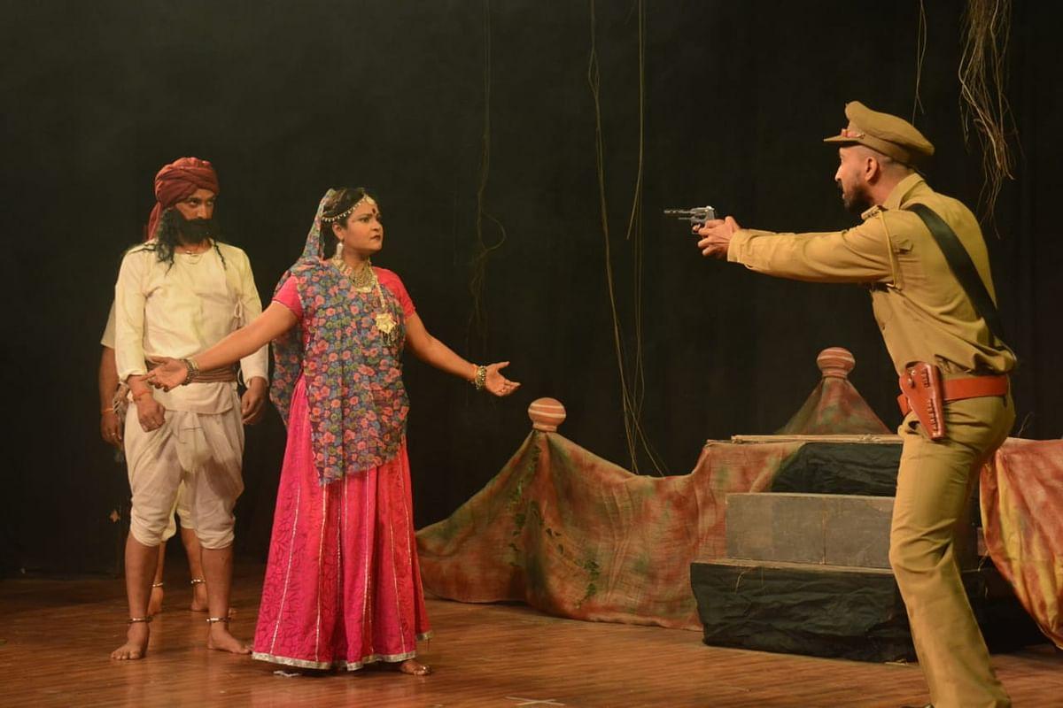 A still from the play 'Jannayak Tantya Mama', story of Robin Hood of India.