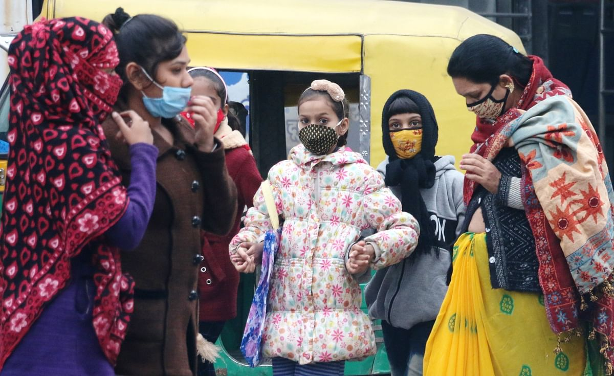 Indore: Sun breaks through after 5 days, but cold intensifies
