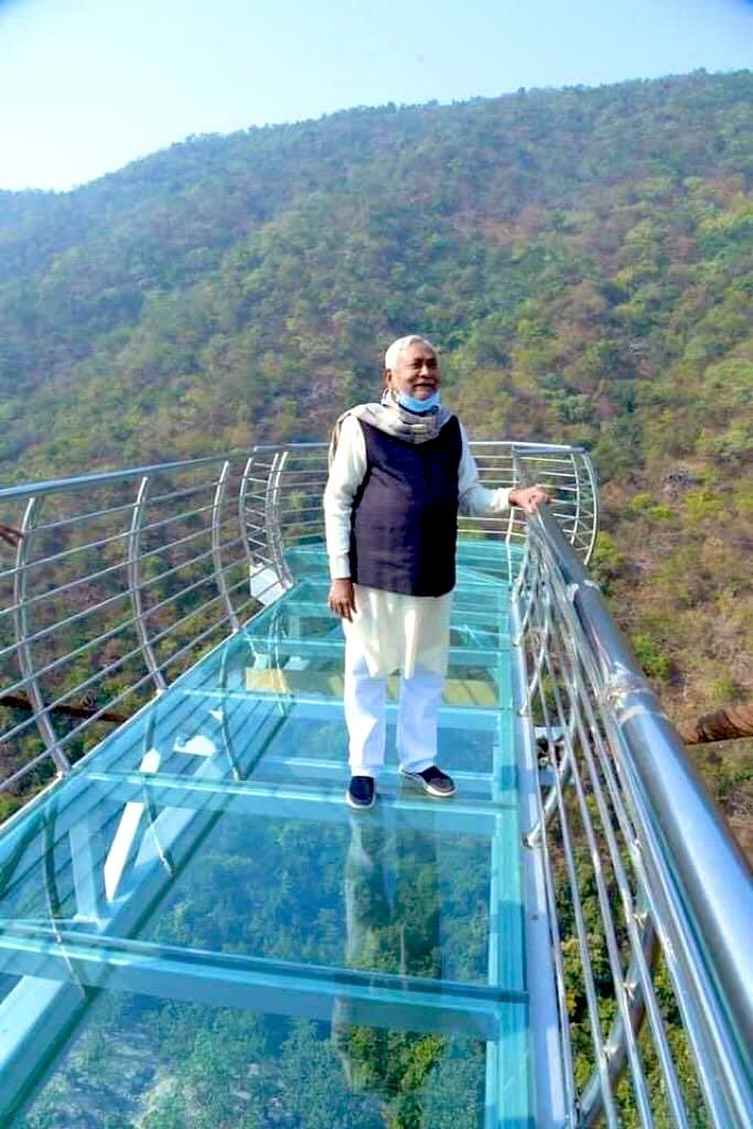 Tourists, behold! This marvellous glass bridge at Bihar's Rajgir will open for safari-lovers from March next year