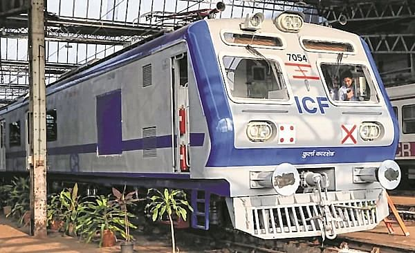 Railways AC local trains get uncool response