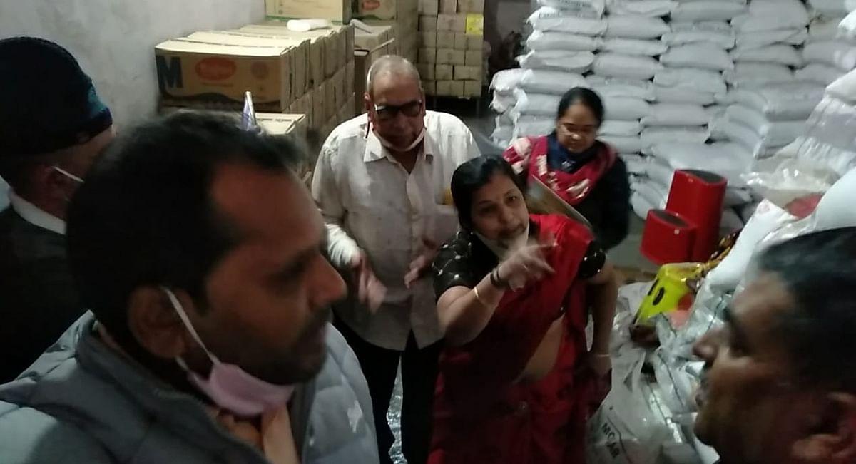 Madhya Pradesh: Nagda traders, administration lock horns during drive against food adulteration
