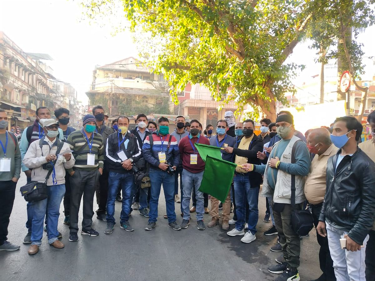 Madhya Pradesh: Swachhta photo walk kick-starts from Rajwada in Indore, civic body gears up to maintain cleanliness