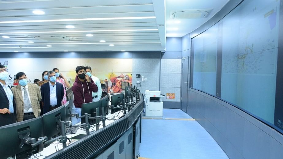 Solid waste management's control room inspected