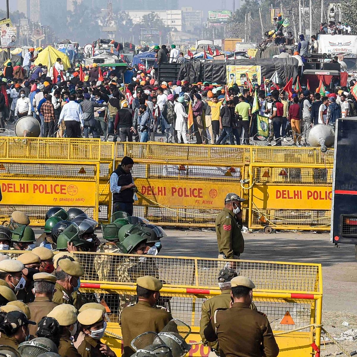 Delhi Police registers FIR over clash between farmers, security forces at Singhu border