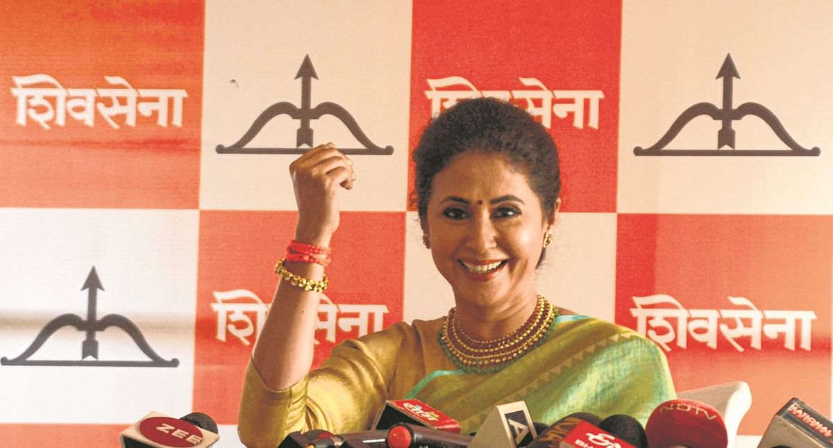 Urmila joins Sena, wants to elevate herself from star to politician