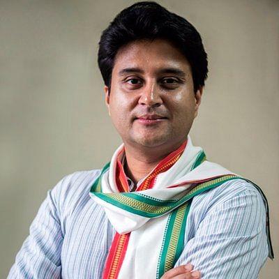 Madhya Pradesh: Income-tax report may put Scindia under pressure
