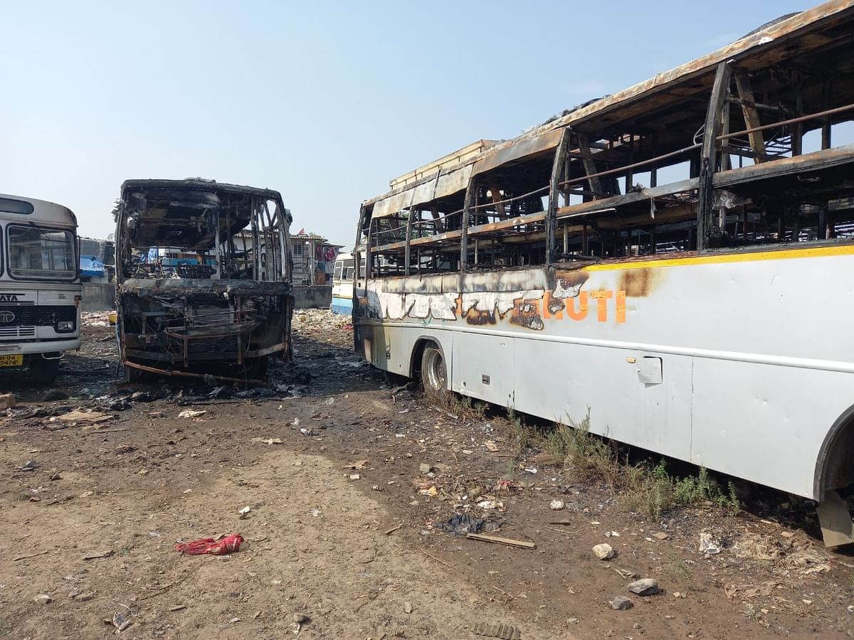Mira Bhayandar: Four private buses gutted in fire; lens on illegal parking