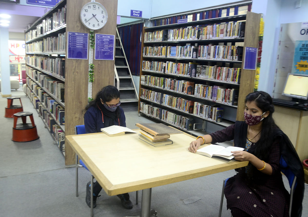 Swami Vivekananda Library in GTB Complex near New Market allows only 8-10 people to sit in the library.