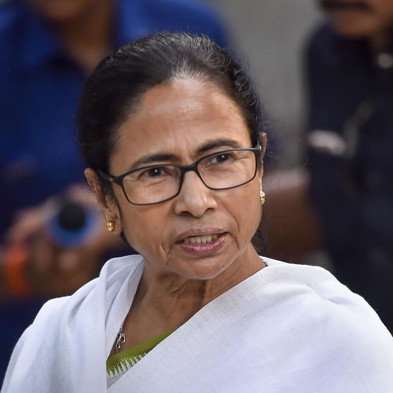 Dharna and Twitter outrage: Mamata Banerjee protests 24-hour EC campaign ban, #BlackDayForDemocracy trends