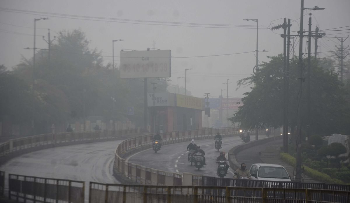 Madhya Pradesh: Bhopalites wake up to foggy morning, chill to intensify post December 17