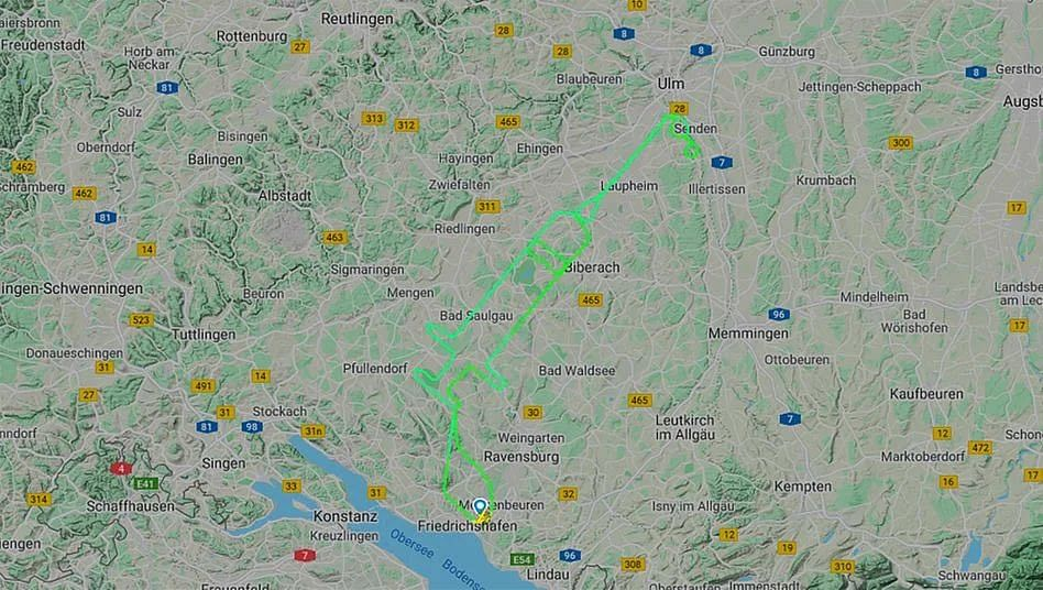 Pilot traces syringe in sky to support COVID-19 vaccination campaign