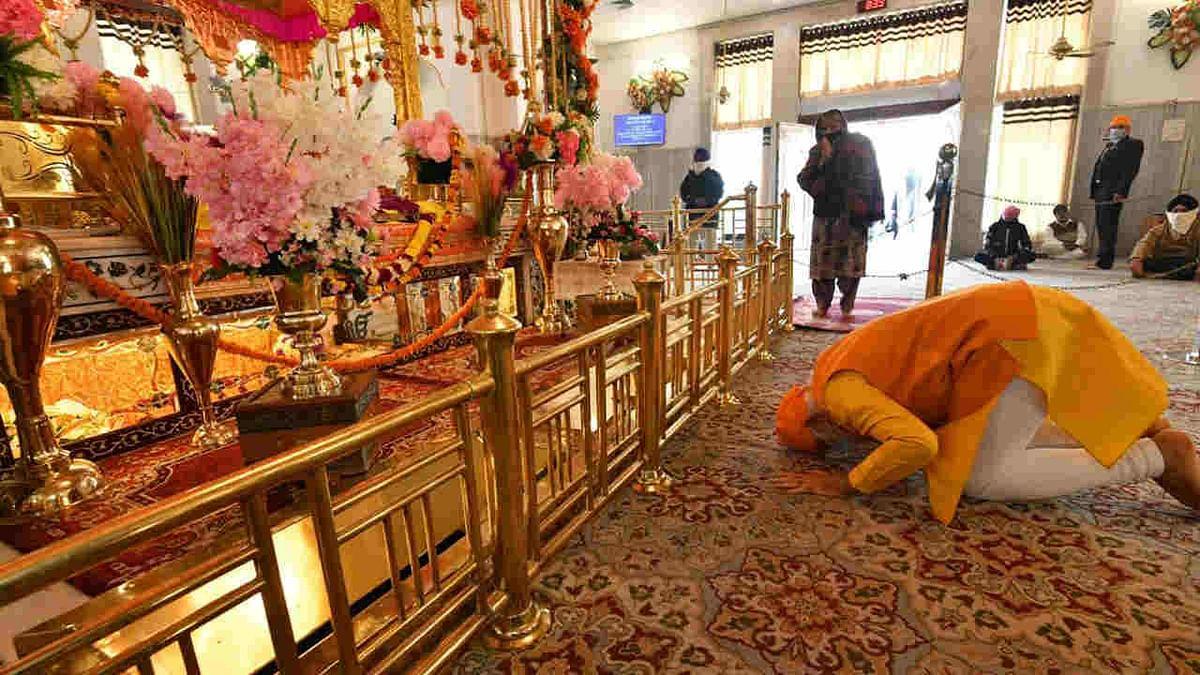 Prime Minister Narendra Modi at Gurudwara Rakab Ganj Sahib in Delhi