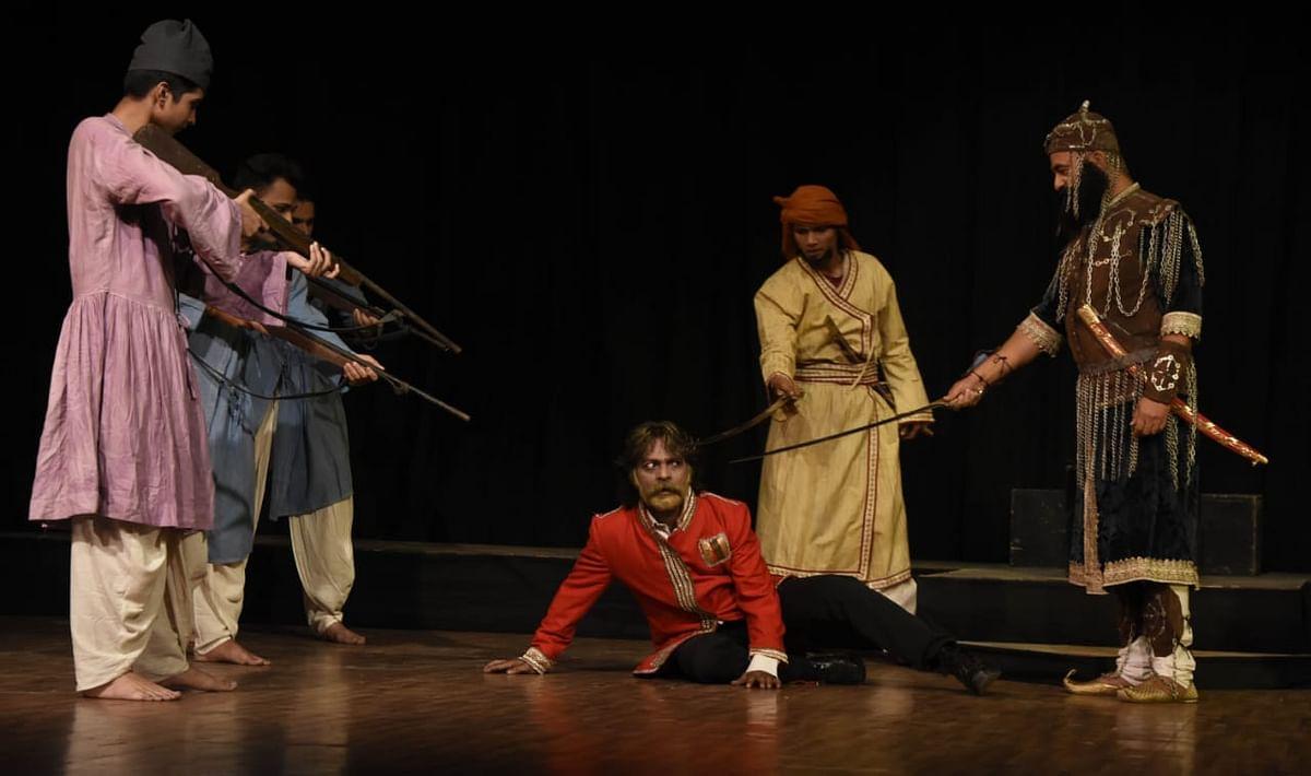 Bhopal: 'Amjhera ka Rana'- a story of a martyr staged at drama festival Aadi Vidrohi