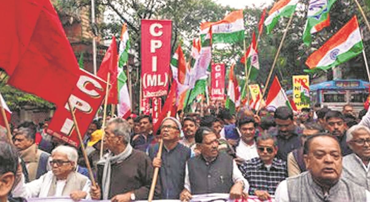 Left, Congress want immediate  West Bengal assembly session