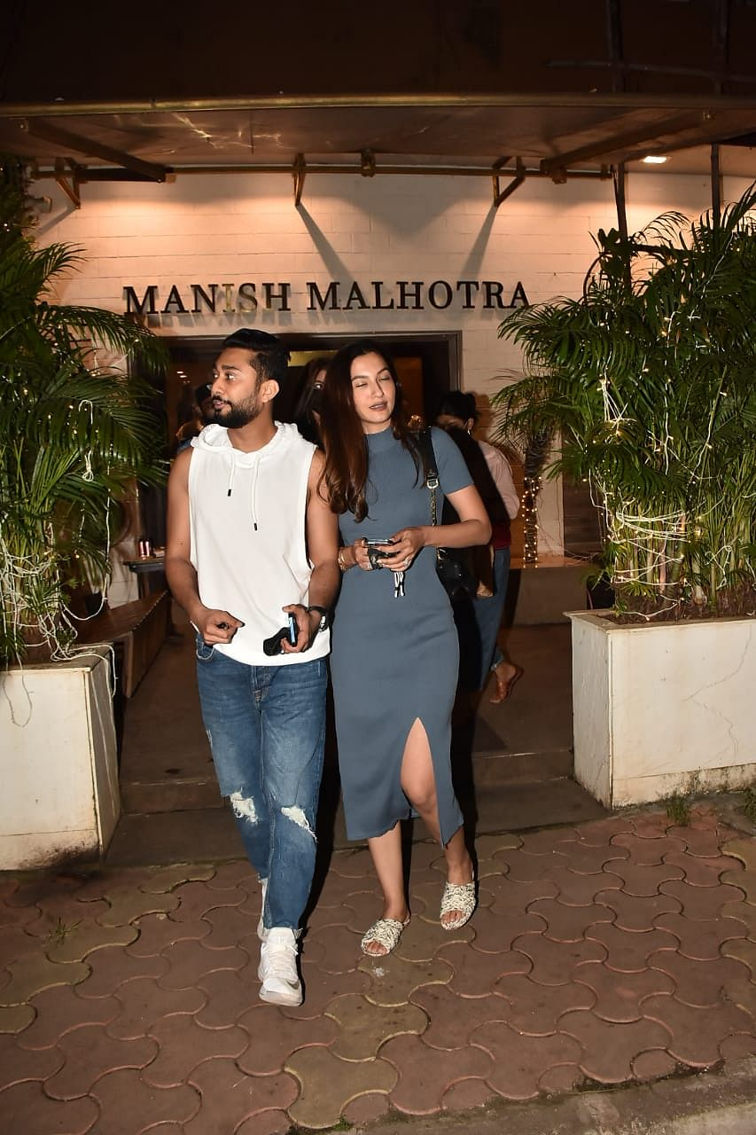 In Pics: Gauahar Khan arrives at Manish Malhotra's store with fiancé Zaid Darbar ahead of her wedding