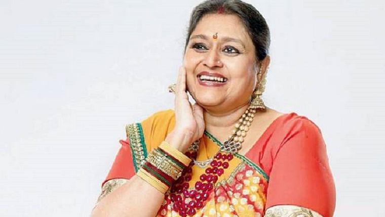 Supriya as Hansa Parekh from Khichdi