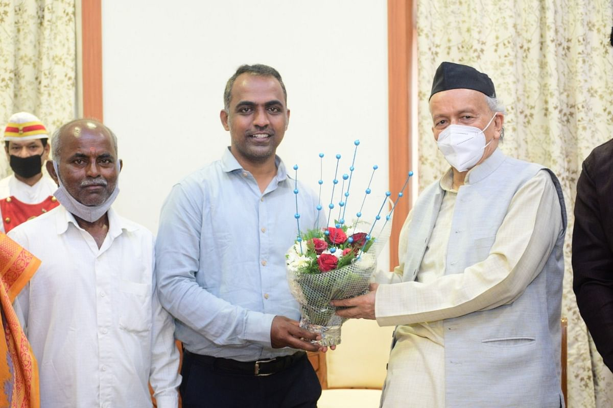Global Teacher Prize 2020 winner Ranjitsinh Disale tests positive for COVID-19, had recently met Guv Koshyari, Raj Thackeray