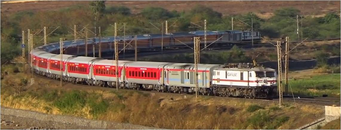 "Western Railway's Electric Loco Shed, Vadodara secures award for the innovative ""Push-Pull Operation"" project"
