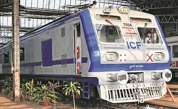 Central Railway plans to run AC local services between CSMT and Kalyan on trial basis