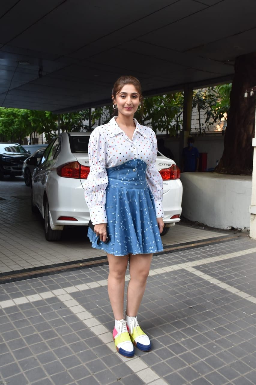 Dhwani Bhanushali snapped at Tseries office   in Andheri