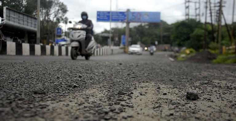 Madhya Pradesh: Sans trains, commuters, mishaps rise on Ujjain-Jaora BOT road