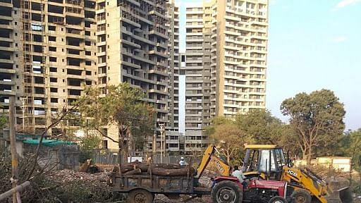 Bhopal traders question inclusion of pvt properties in Smart city's development  projects, meet CEO
